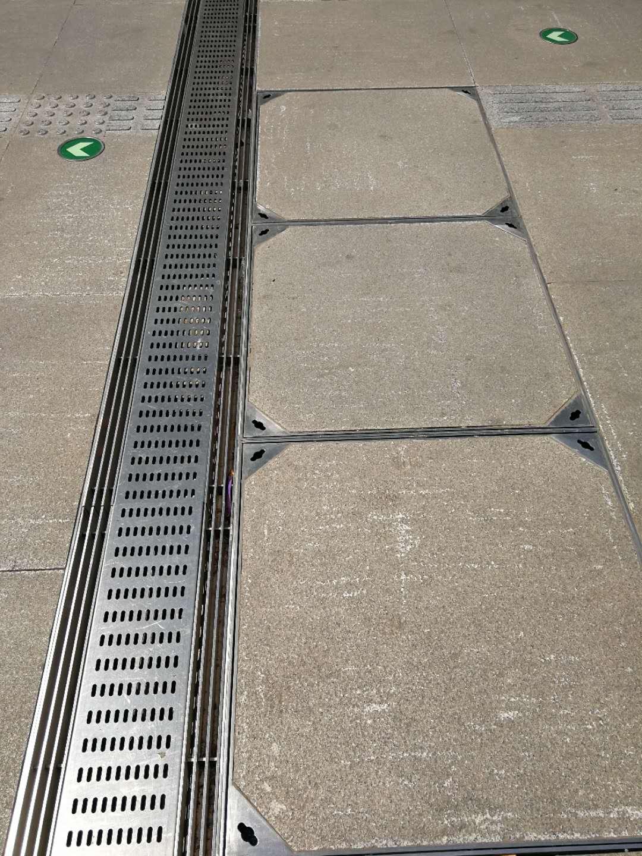 道路隐形不锈钢井盖